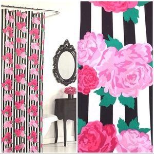 BETSEY JOHNSON Flower Stripe Shower Curtain